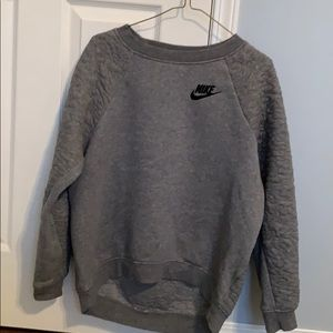 Nike pull over
